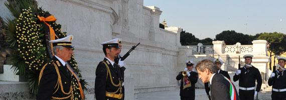 Altare della Patria - Corona al sacello del Milite Ignoto